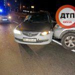 Ночное ДТП в Киеве на Шулявке: разворот через двойную сплошную. ФОТО