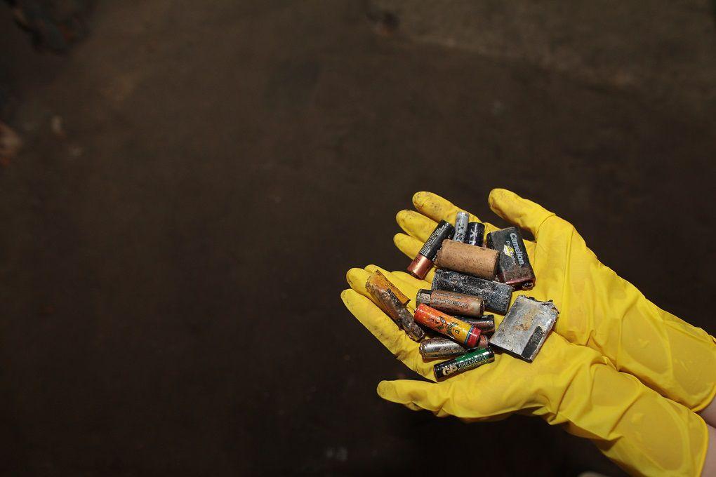 Токсичная энергия: в Украине начнут утилизировать батарейки